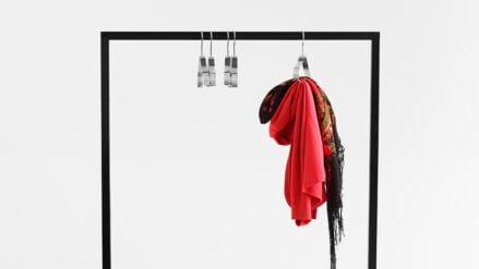 designer Kleiderständer Hall 100 schwarz rot grun