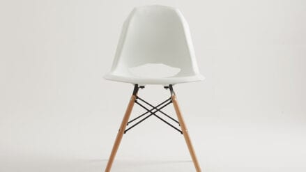 Designer-Stuhl Match Wood white