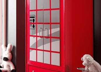 Kleiderschrank Phone London