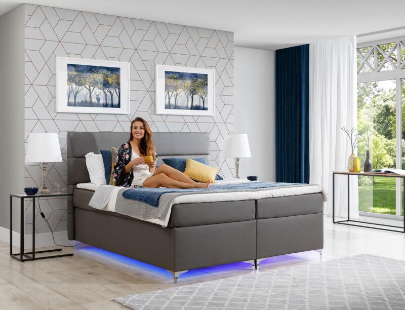 Boxspringbett mit LED blau 160x200 cm - Richmond 2 Bettkasten